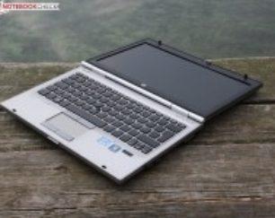 لپ تاپ اچ پی ۲۵۶۰